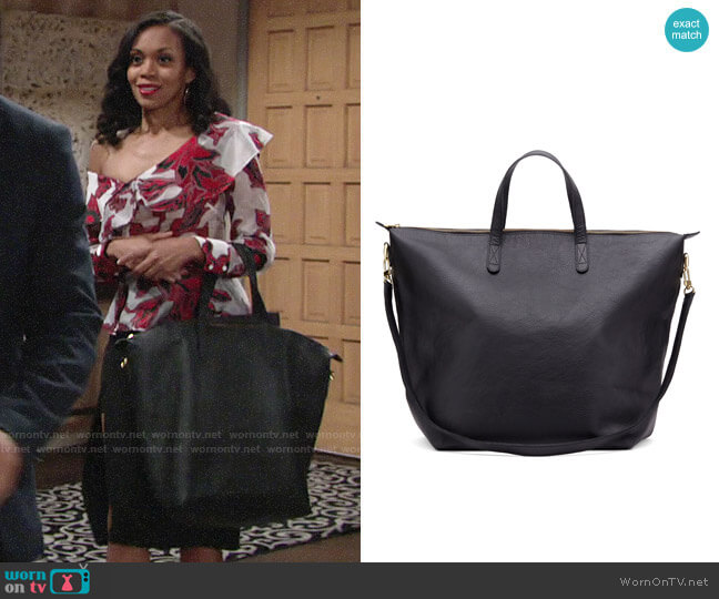 Cuyana Oversized Carryall Tote worn by Mishael Morgan on The Young & the Restless