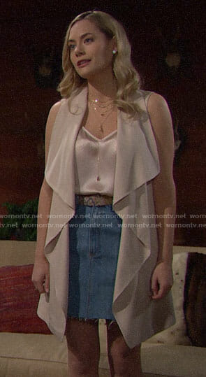 Hope's dotted top and draped vest on The Bold and the Beautiful