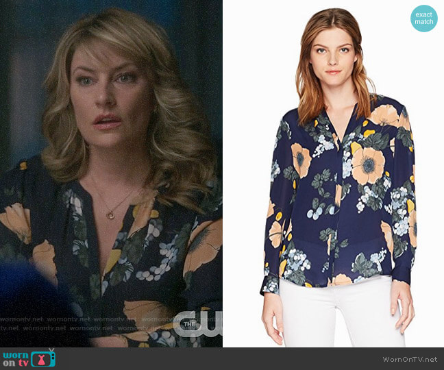 Joie Amarant Blouse worn by Mädchen Amick on Riverdale