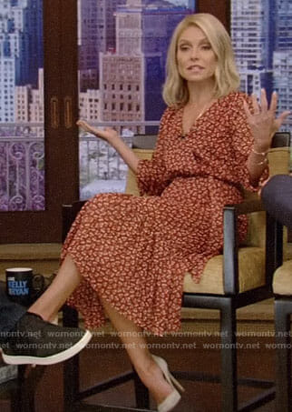 Kelly's floral wrap dress on Live with Kelly and Ryan