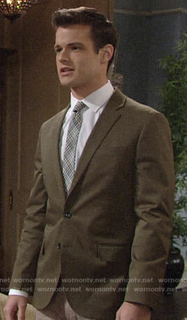 Kyle's green blazer on The Young and the Restless