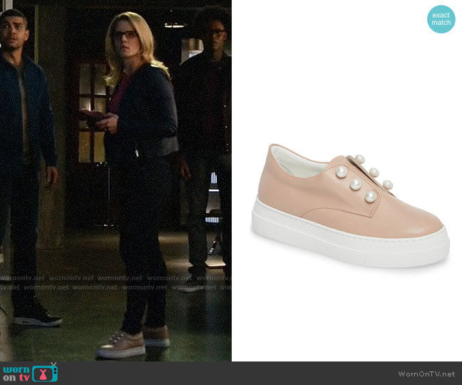 Lewit Mara Slip On Sneakers worn by Emily Bett Rickards on Arrow