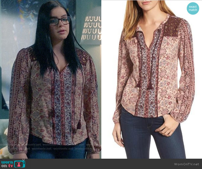 Lucky Brand Beaded Mixed Print Top worn by Ariel Winter on Modern Family