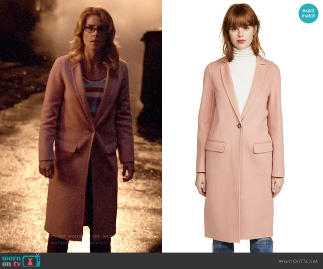 Mackage Hens Car Coat worn by Felicity Smoak (Emily Bett Rickards) on Arrow