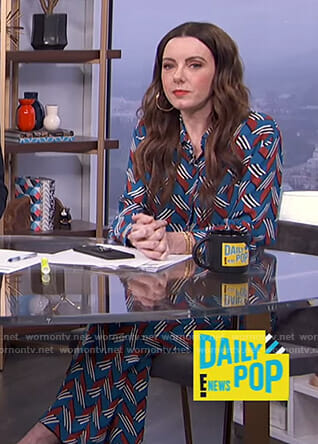 Melanie's blue geometric print shirt and pants on E! News Daily Pop
