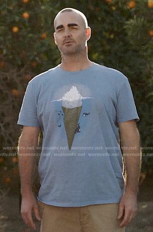 Phil's icecream iceberg t-shirt on Last Man on Earth