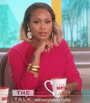 Eve's pink cropped sweater on The Talk