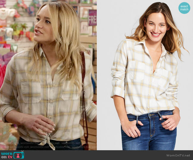Target Universal Threads Plaid Shirt worn by Clementine Hughes (Hunter King) on Life in Pieces