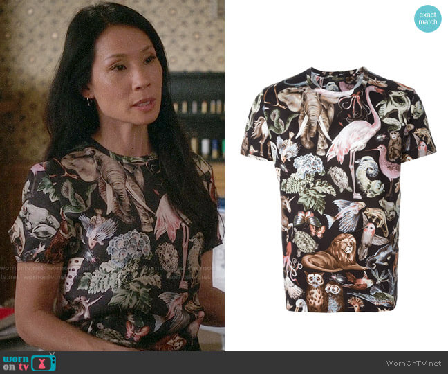 Valentino Animal Print T-shirt worn by Lucy Liu on Elementary