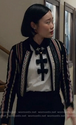 Courtney's contrast bow blouse on 13 Reasons Why