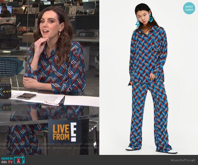 Geometric Print Shirt and Pants by Zara worn by Melanie Bromley on E! News