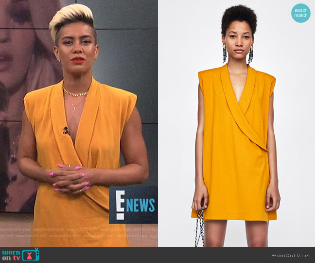 Shawl Collar Dress with Shoulder Pads by Zara worn by Sibley Scoles on E! News