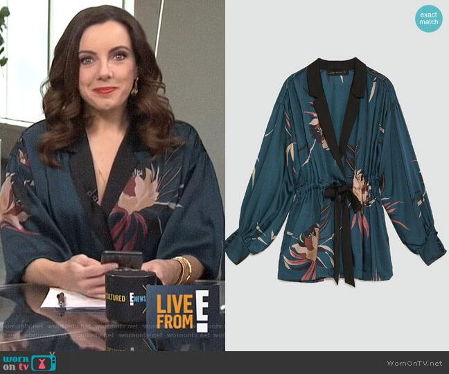 Print Jacket by Zara worn by Melanie Bromley on E! News
