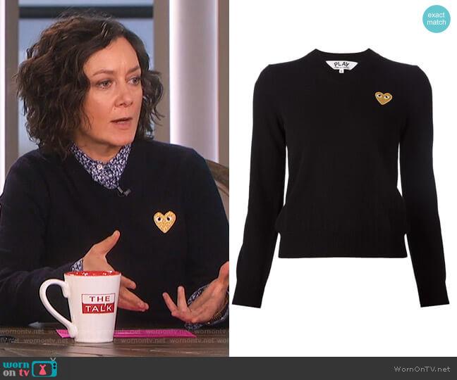 Embroidered Heart v-neck Jumper by Comme Des Garcons Play worn by Sara Gilbert on The Talk