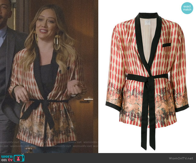 Kimono Jacket by Forte Forte worn by Kelsey Peters (Hilary Duff) on Younger