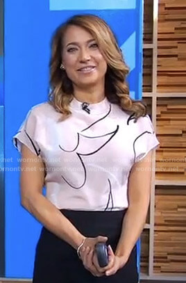 Ginger's pink printed top on Good Morning America