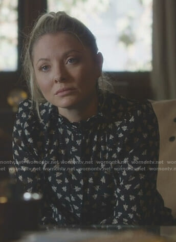 Jessie's black leaf print blouse on Nashville