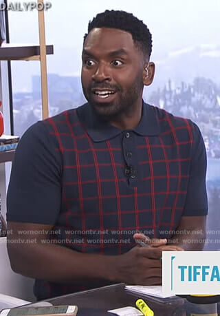 Justin's navy grid checked polo shirt on E! News Daily Pop