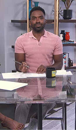 Justin's pink polo shirt and grey grid checked pants on E! News Daily Pop