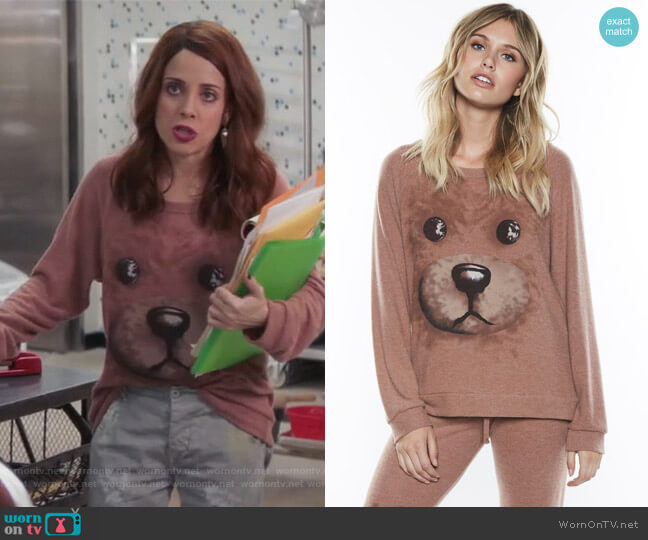 Brenna Teddy Face by Lauren Moshi worn by Alanna Ubach on GG2D