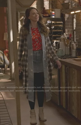 Liza's red floral top and plaid long jacket on Younger