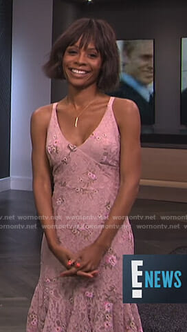 Zuri's pink floral lace dress on E! News