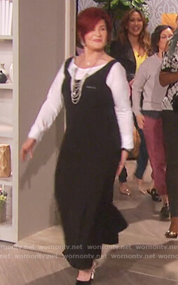 Sharon's black sleeveless asymmetric dress on The Talk