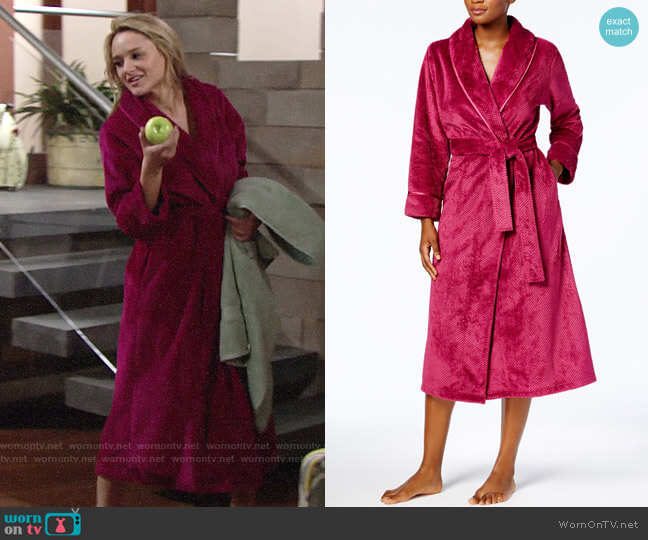 Charter Club Long Dimple Shawl Robe worn by Hunter King on The Young & the Restless