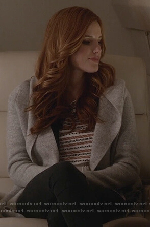 Paige's white embroidered top and gray hooded sweater on Famous in Love