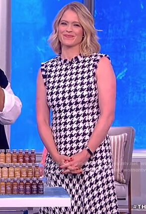 Sara's wool houndstooth dress on The View