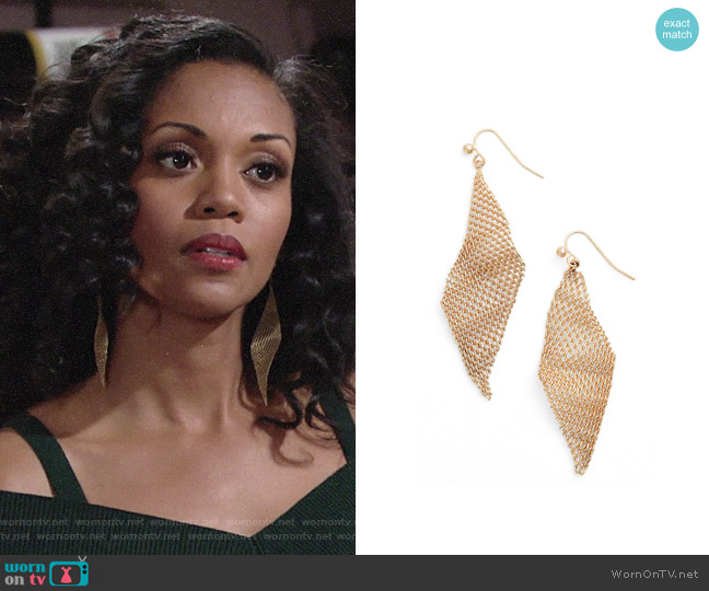 Jules Smith Mesh Wave Kite Earrings worn by Hilary Curtis (Mishael Morgan) on The Young & the Restless
