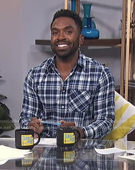 Justin's blue plaid shirt on E! News Daily Pop