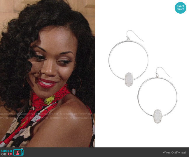 Kendra Scott Elora Frontal Hoop Earrings worn by Hilary Curtis (Mishael Morgan) on The Young & the Restless