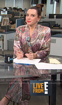 Melanie's paisley print jacket and pants on Live from E!