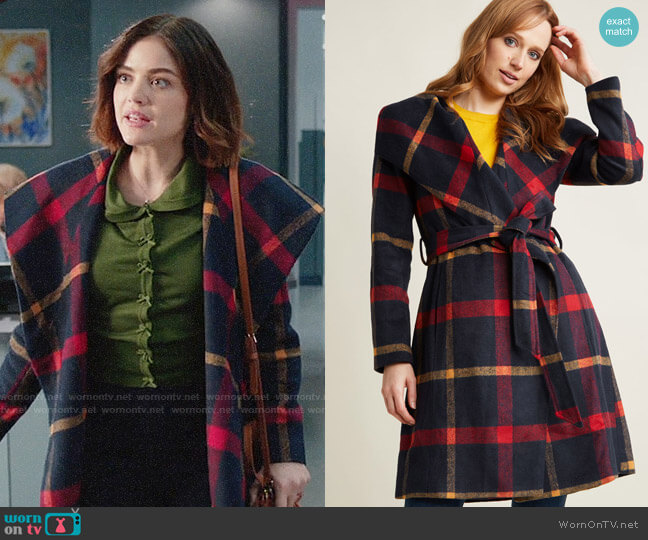 ModCloth Belted Plaid Coat with Wide Collar worn by Stella Abbott (Lucy Hale) on Life Sentence