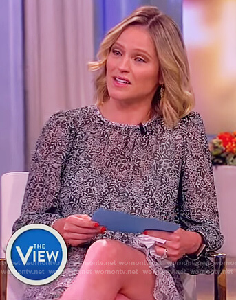 Sara's green printed silk mini dress on The View