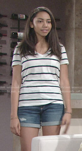 Shauna's striped v-neck tee on The Young and the Restless