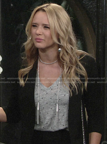 Summer's grey star print tee and silver tassel necklace on The Young and the Restless