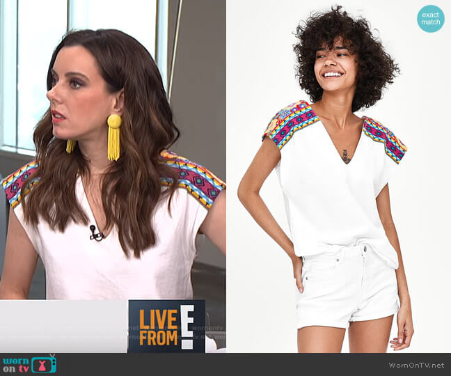 T-Shirt with Rubberised Textured Print by Zara worn by Melanie Bromley (Melanie Bromley) on E! News