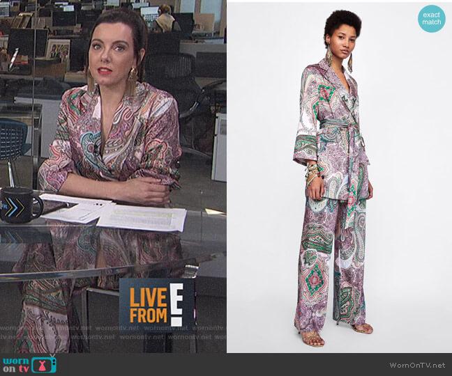 Paisley Print Blazer-Style Dress and Pants by Zara worn by Melanie Bromley on E! News