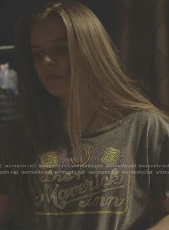 Daphne's grey The Maverick Inn tee on Nashville