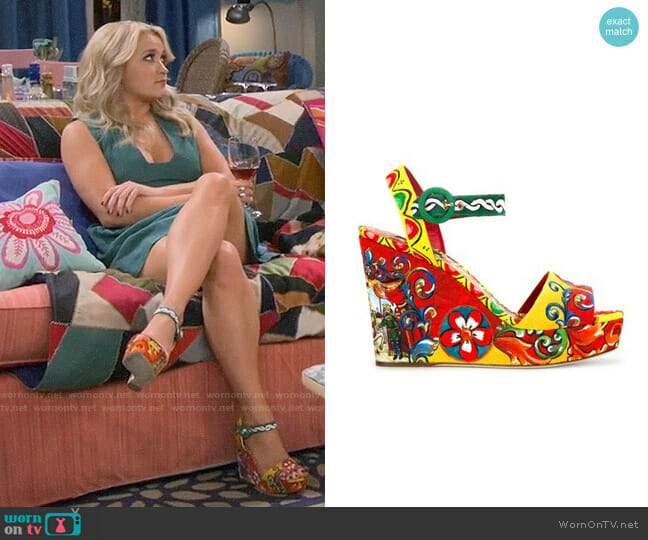 Dolce & Gabbana Carretto Siciliano Print Wedge Sandals worn by Emily Osment on Young & Hungry
