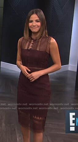 Erin's  burgundy sleeveless lace dress on E! News