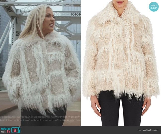 Faux-Shearling Jacket by Helmut Lang worn by Maddie Jaymes (Lennon Stella) on Nashville