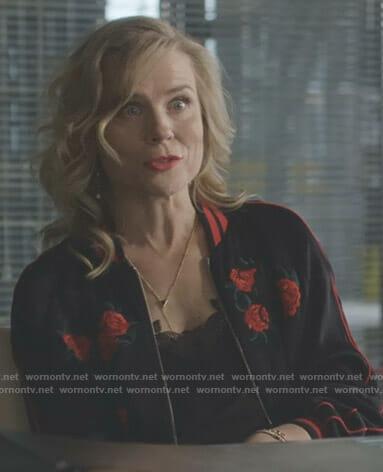Ilse's black floral embroidered bomber jacket on Nashville