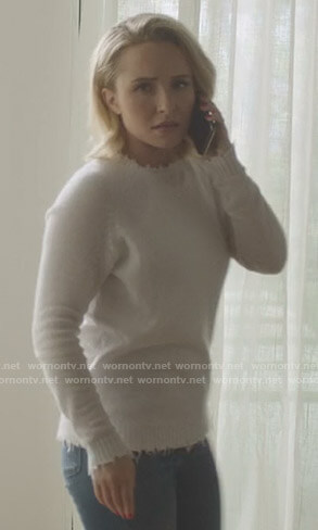 Juliette's white distressed sweater on Nashville