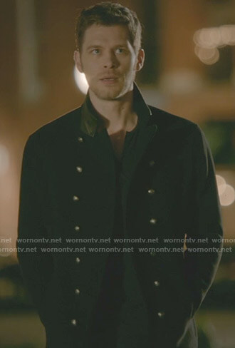 Klaus's black double breasted coat with leather collar on The Originals