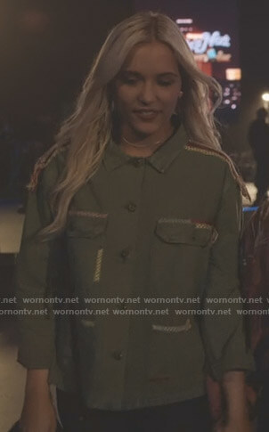 Maddie's green embroidered jacket on Nashville