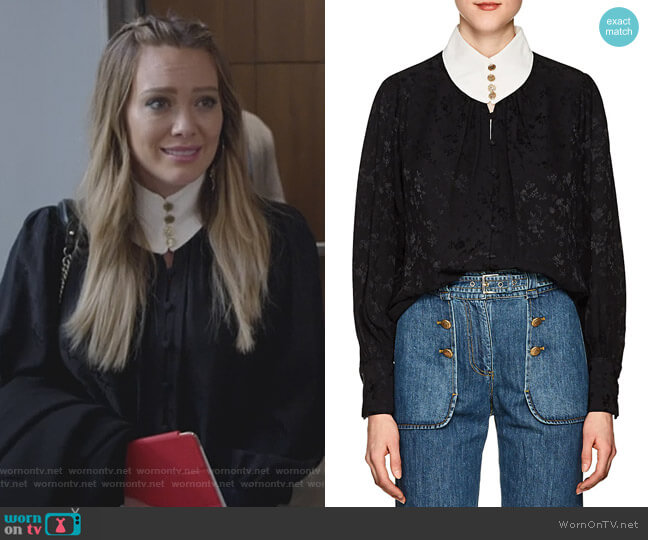 Contrast-Neck Floral Silk Jacquard Blouse by Maison Mayle worn by Kelsey Peters (Hilary Duff) on Younger