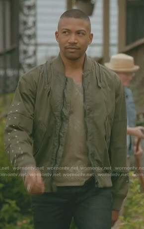 Marcel's khaki bomber jacket on The Originals